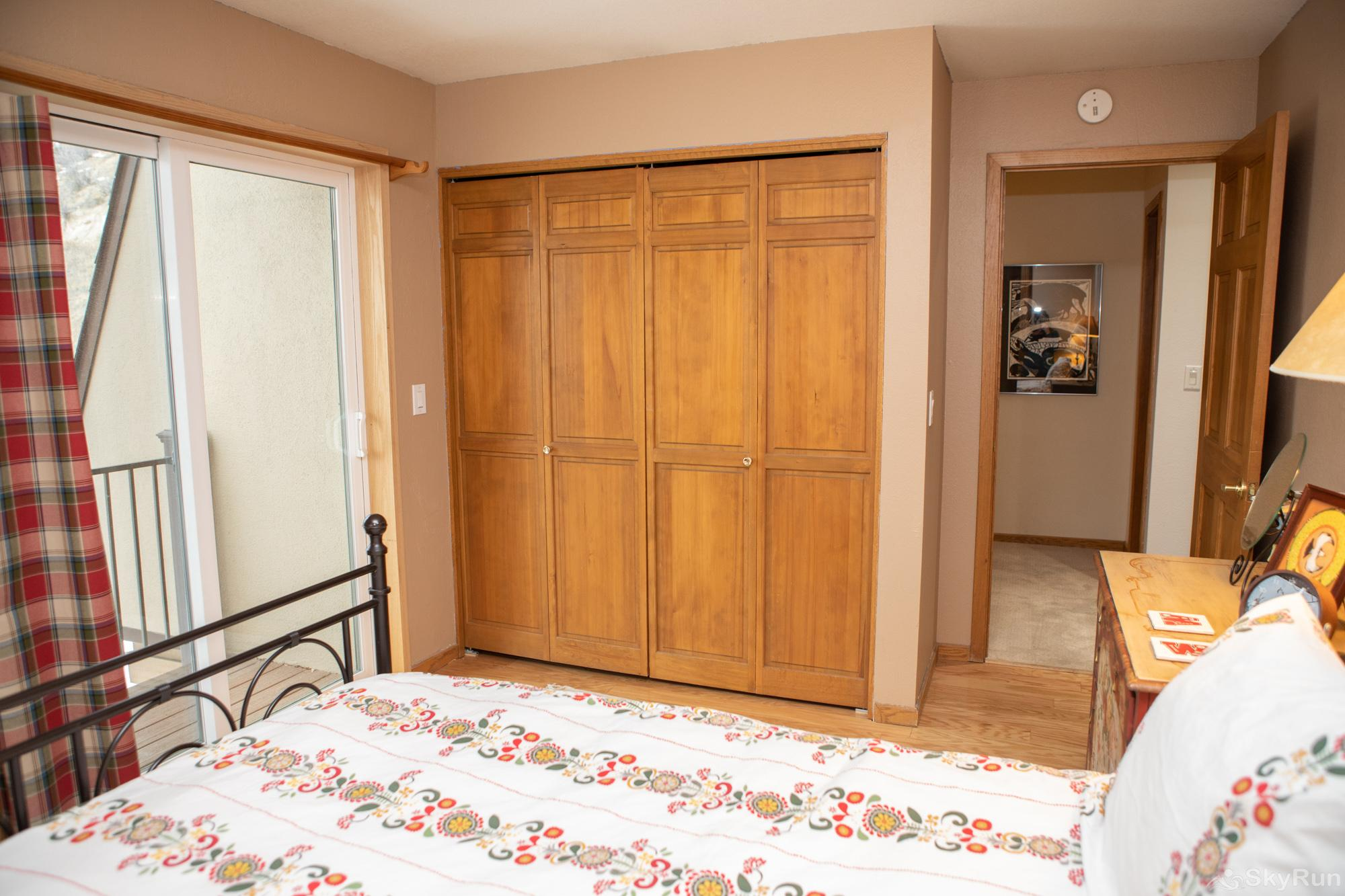 16 Chambertin Townhomes Guest Bedroom